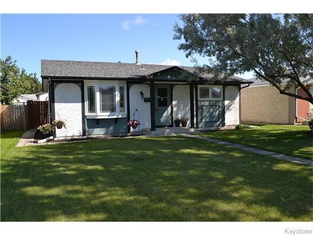 Main Photo: 1819 Manitoba Avenue in WINNIPEG: Maples / Tyndall Park Residential for sale (North West Winnipeg)  : MLS®# 1522642