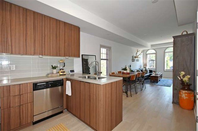 Photo 10: Photos: 29 140 Broadview Avenue in Toronto: South Riverdale Condo for sale (Toronto E01)  : MLS®# E3316429