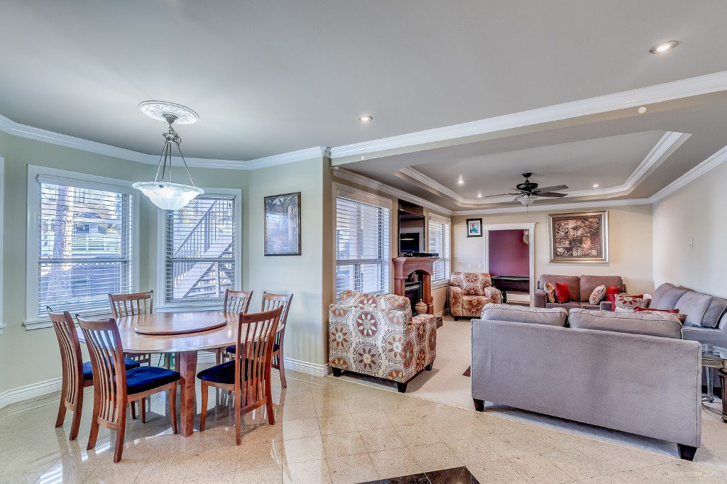 Photo 11: Photos: 8472 122 Street in Surrey: Queen Mary Park Surrey House for sale : MLS®# R2013531