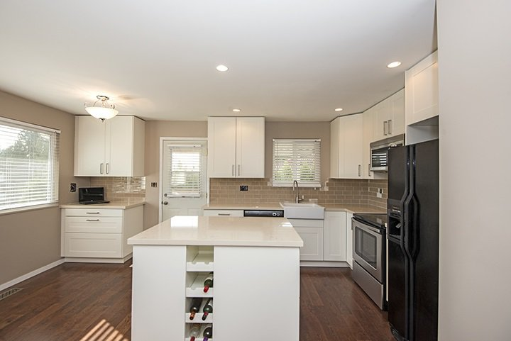 Photo 6: Photos: 536 SCHOOLHOUSE Street in Coquitlam: Central Coquitlam House for sale : MLS®# R2046785