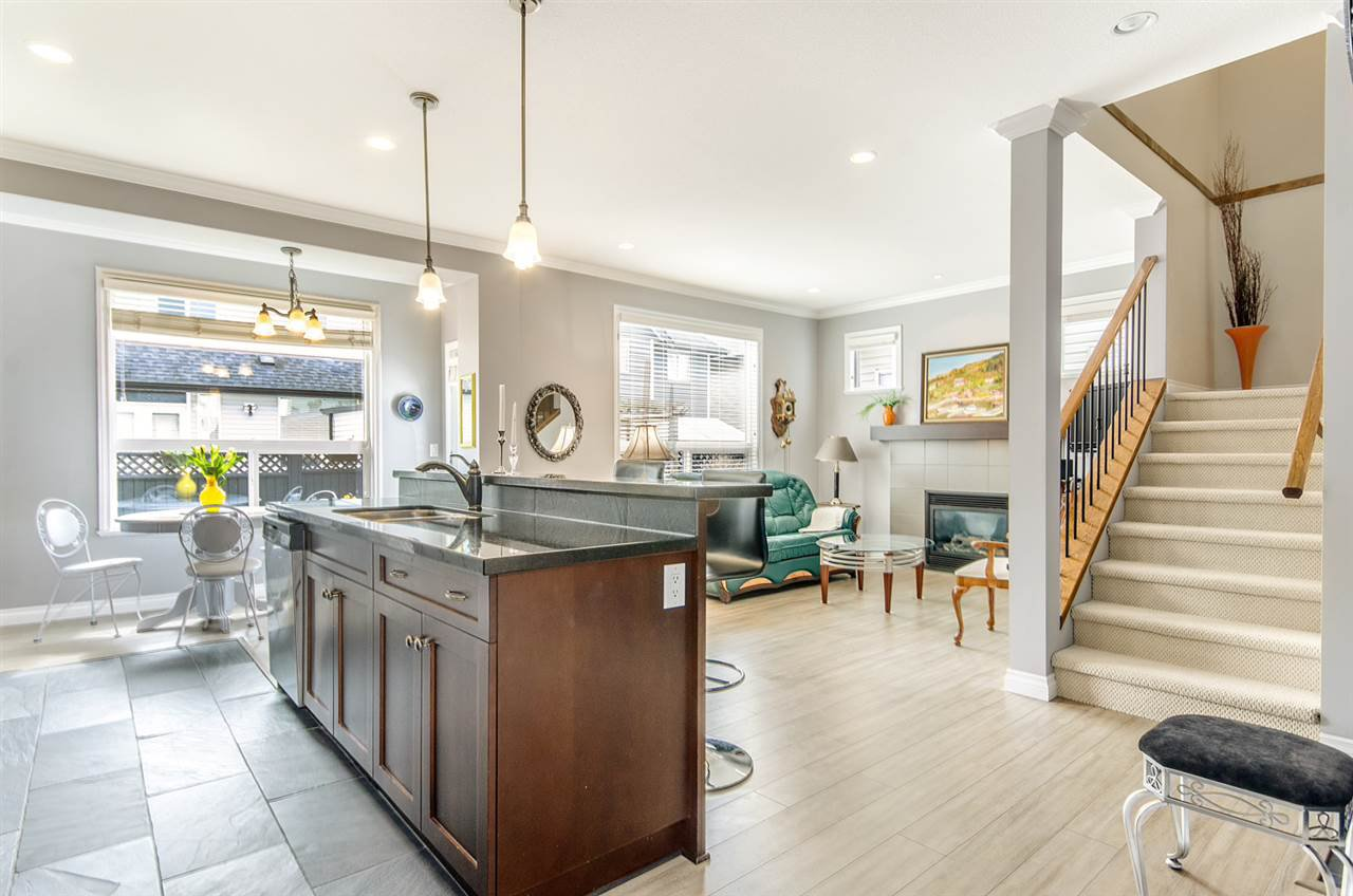 """Photo 3: Photos: 7031 181B Street in Surrey: Cloverdale BC House for sale in """"THE WOODS AT PROVINCETON"""" (Cloverdale)  : MLS®# R2057428"""