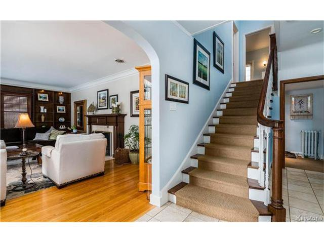 Photo 3: Photos: 183 Waverley Street in Winnipeg: River Heights North Residential for sale (1C)  : MLS®# 1703879