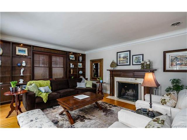 Photo 5: Photos: 183 Waverley Street in Winnipeg: River Heights North Residential for sale (1C)  : MLS®# 1703879