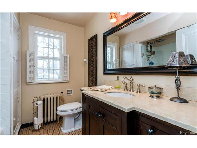 Photo 17: Photos: 183 Waverley Street in Winnipeg: River Heights North Residential for sale (1C)  : MLS®# 1703879