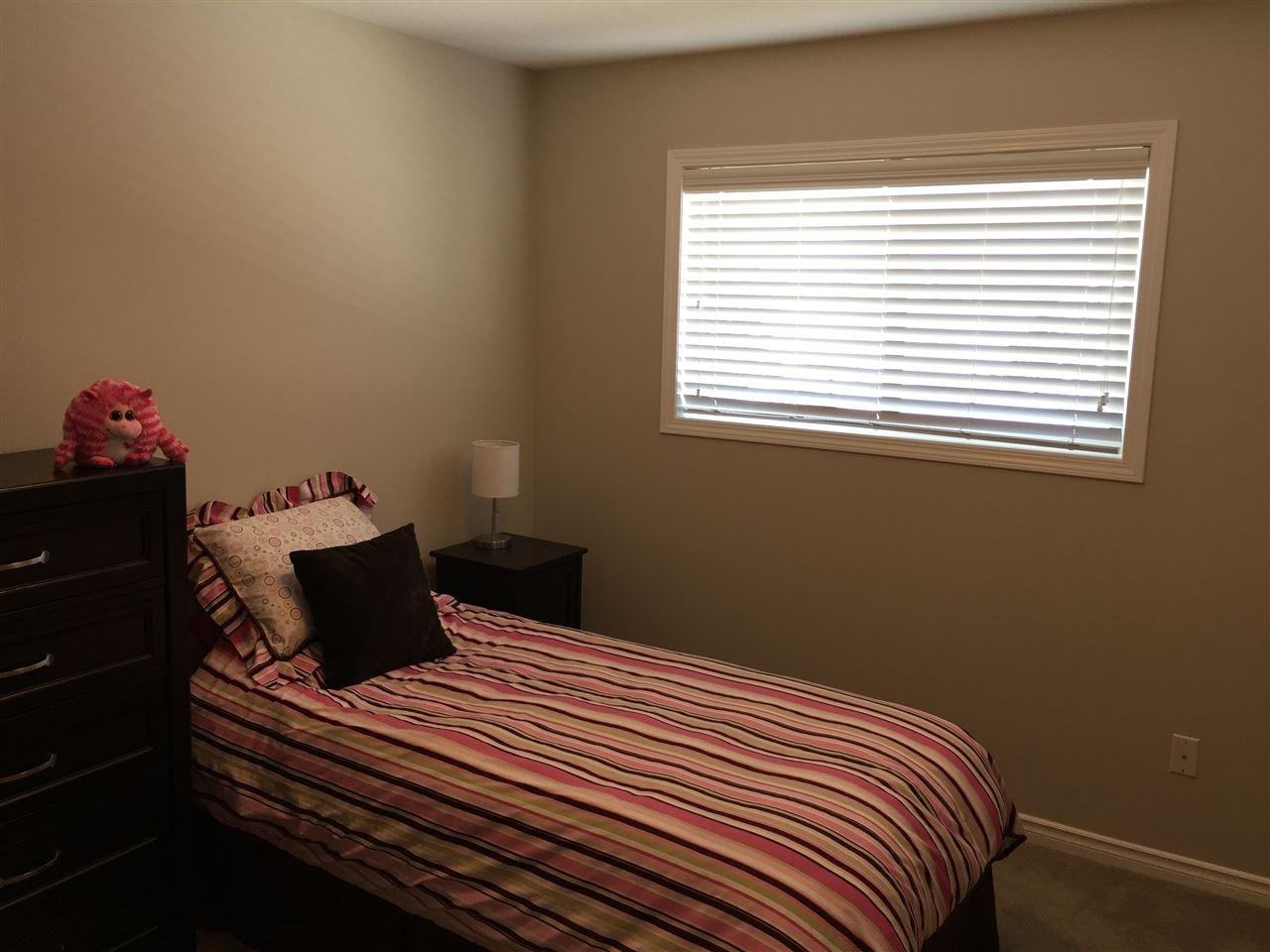 Photo 8: Photos: 11351 86A Street in Fort St. John: Fort St. John - City NE House for sale (Fort St. John (Zone 60))  : MLS®# R2147006