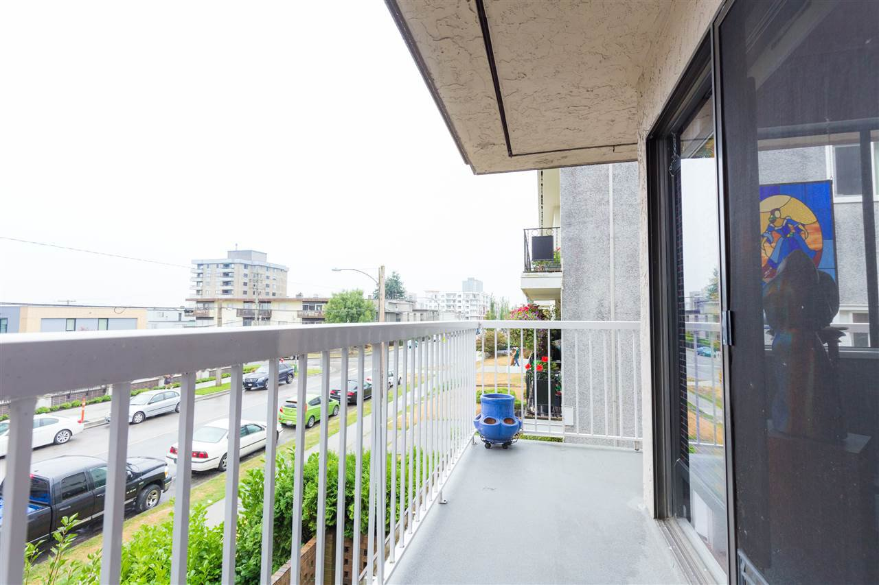 Photo 7: Photos: 201 119 AGNES Street in New Westminster: Downtown NW Condo for sale : MLS®# R2207304