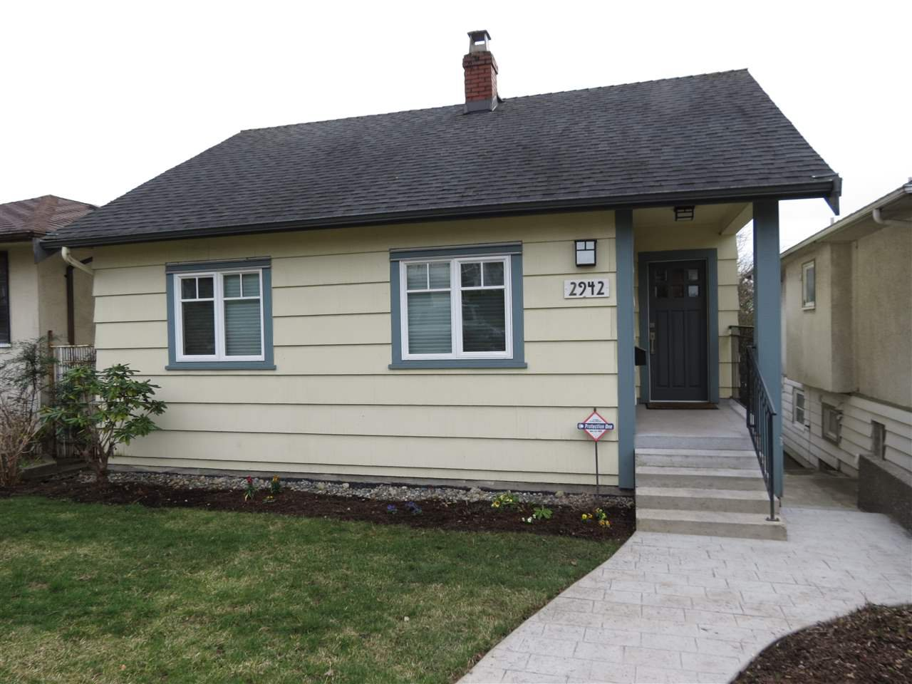 Main Photo: 2942 E 7TH Avenue in Vancouver: Renfrew VE House for sale (Vancouver East)  : MLS®# R2248830