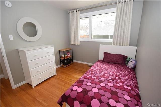 Photo 9: Photos: 828 Simpson Avenue in Winnipeg: East Kildonan Residential for sale (3B)  : MLS®# 1808058