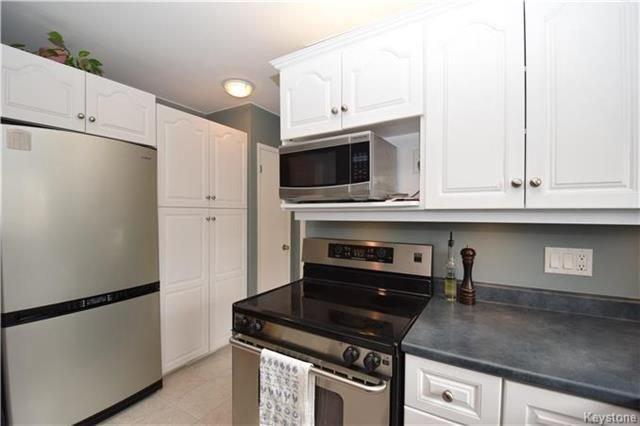 Photo 7: Photos: 828 Simpson Avenue in Winnipeg: East Kildonan Residential for sale (3B)  : MLS®# 1808058