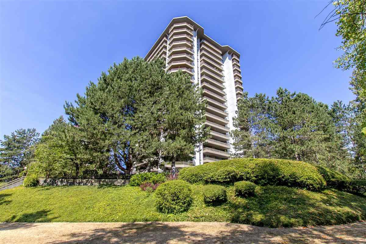 """Main Photo: 903 2041 BELLWOOD Avenue in Burnaby: Brentwood Park Condo for sale in """"ANOLA PLACE"""" (Burnaby North)  : MLS®# R2297023"""
