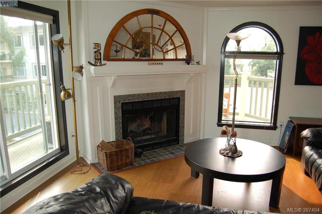 Main Photo: 301 720 Vancouver Street in VICTORIA: Vi Fairfield West Condo Apartment for sale (Victoria)  : MLS®# 397484