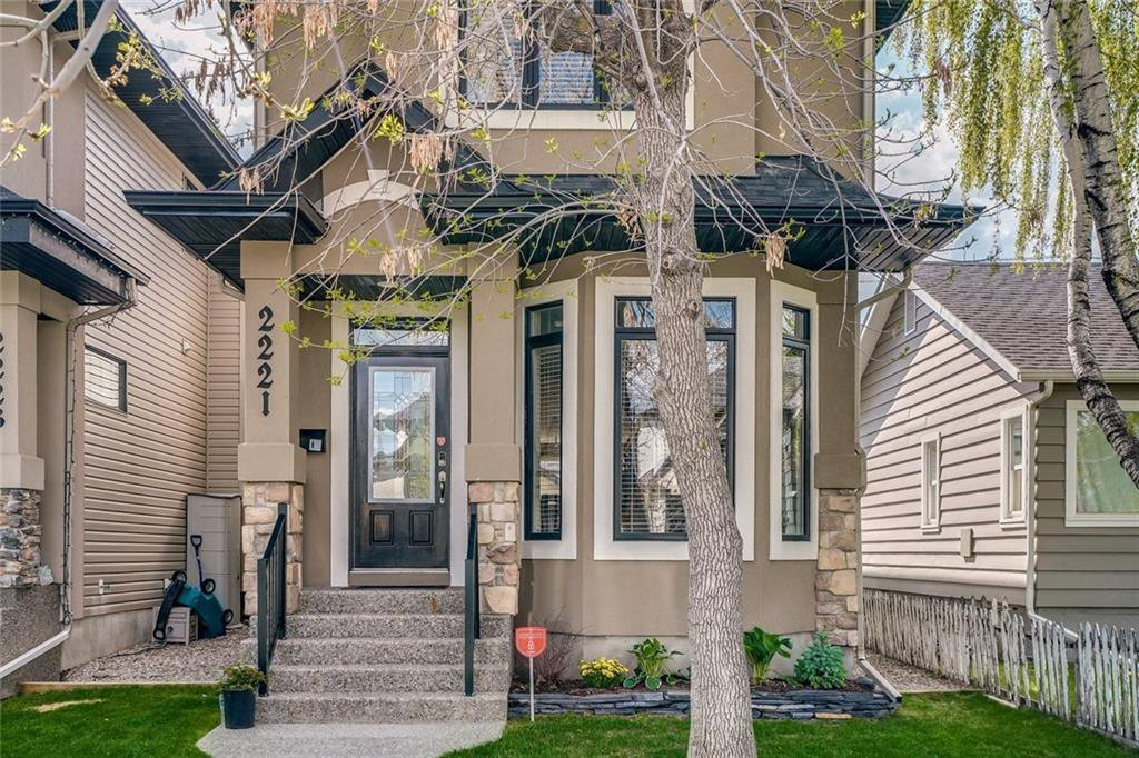 Main Photo: 2221 26 Street SW in Calgary: Killarney/Glengarry Detached for sale : MLS®# C4245993
