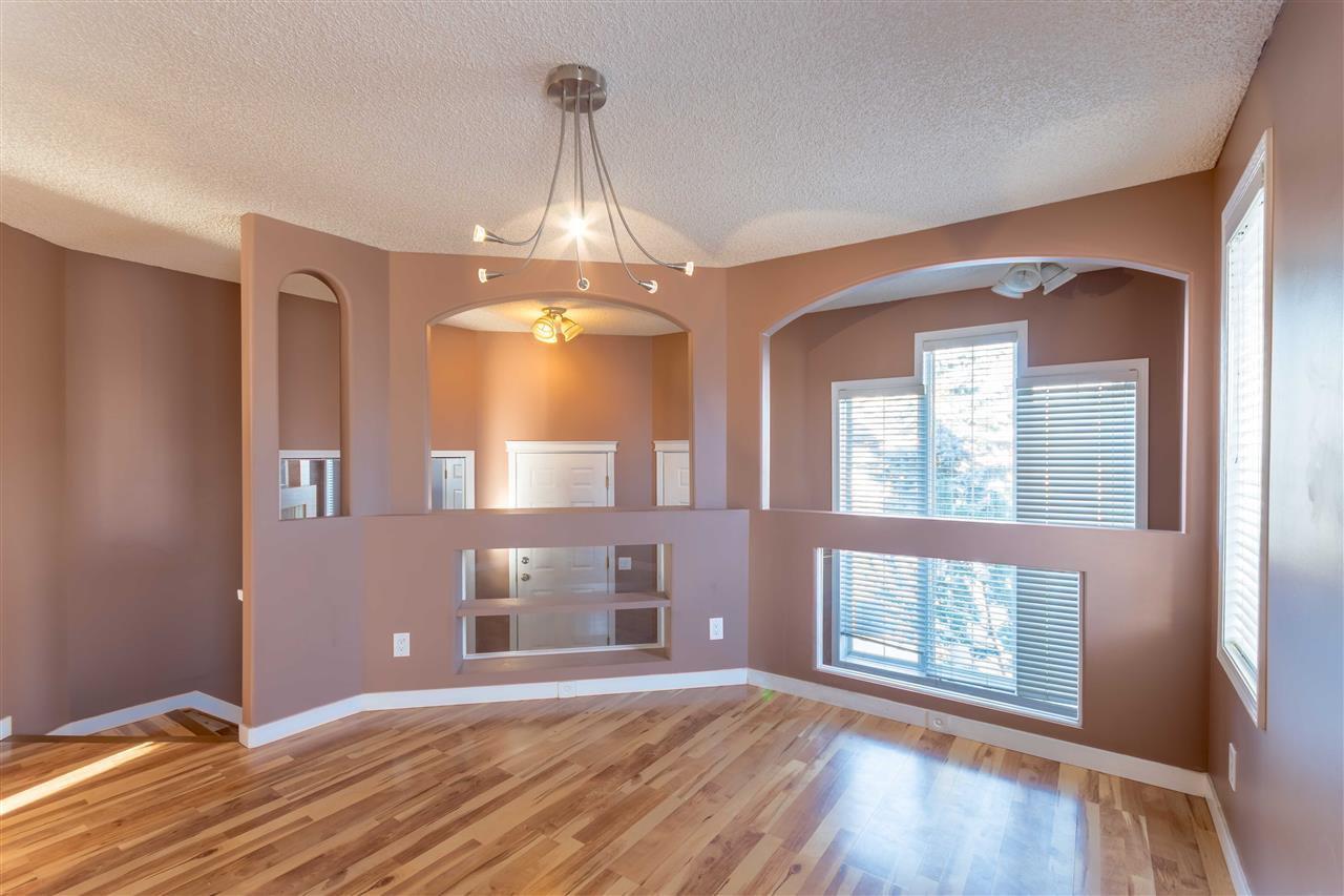 Main Photo: 903 BRECKENRIDGE Court in Edmonton: Zone 58 House for sale : MLS®# E4174386