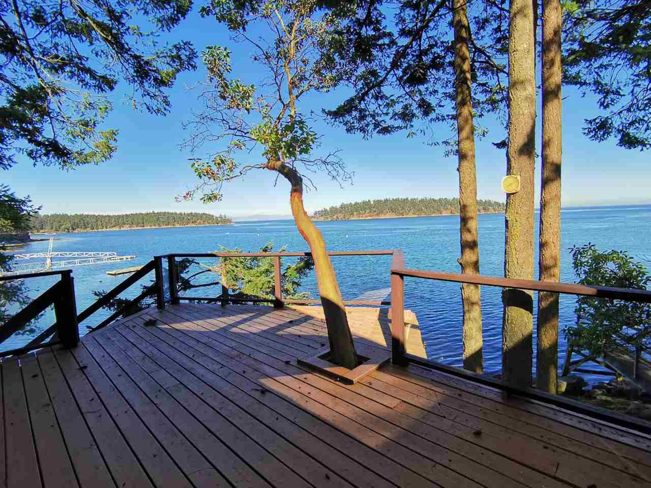 Main Photo: 578 ARBUTUS Drive: Mayne Island House for sale (Islands-Van. & Gulf)  : MLS®# R2504459
