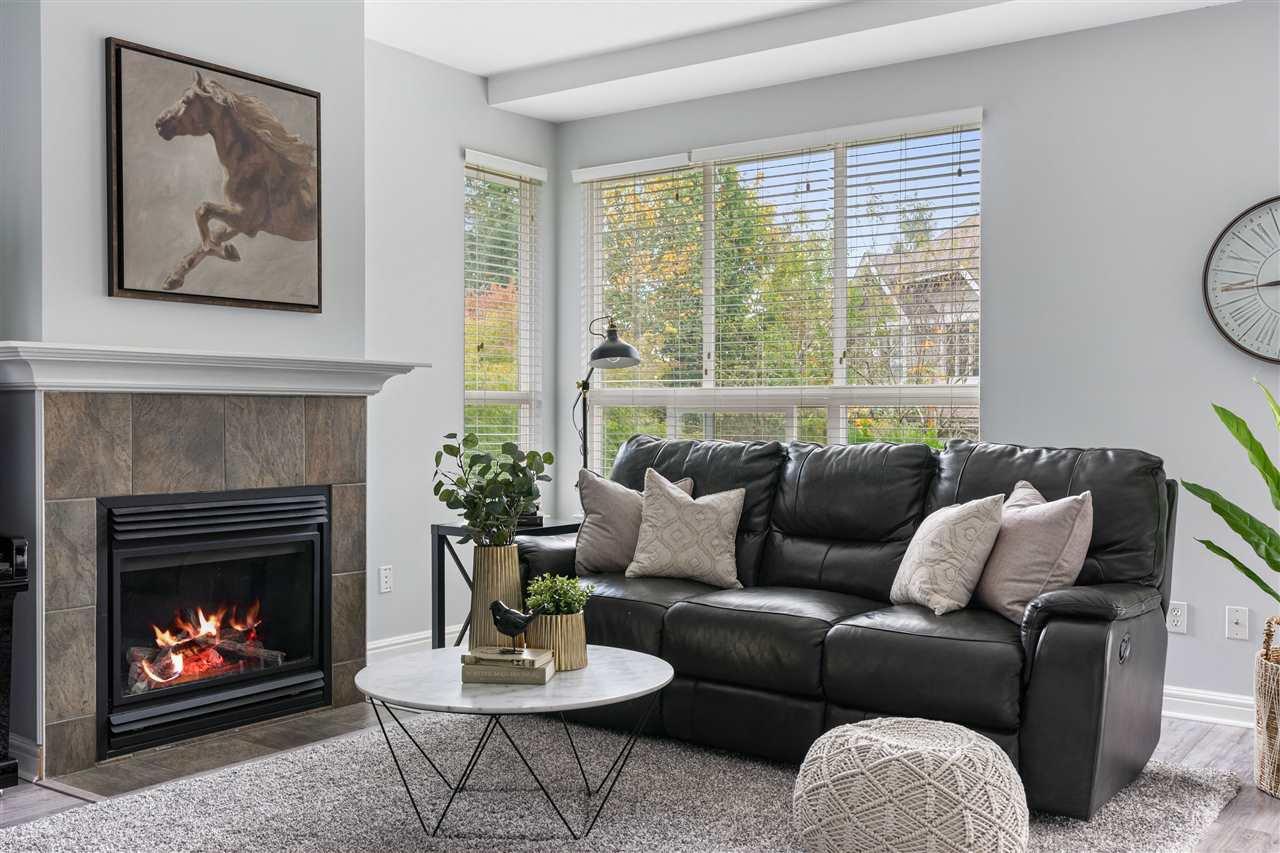 """Main Photo: 23 8568 209 Street in Langley: Walnut Grove Townhouse for sale in """"CREEKSIDE ESTATES"""" : MLS®# R2511124"""