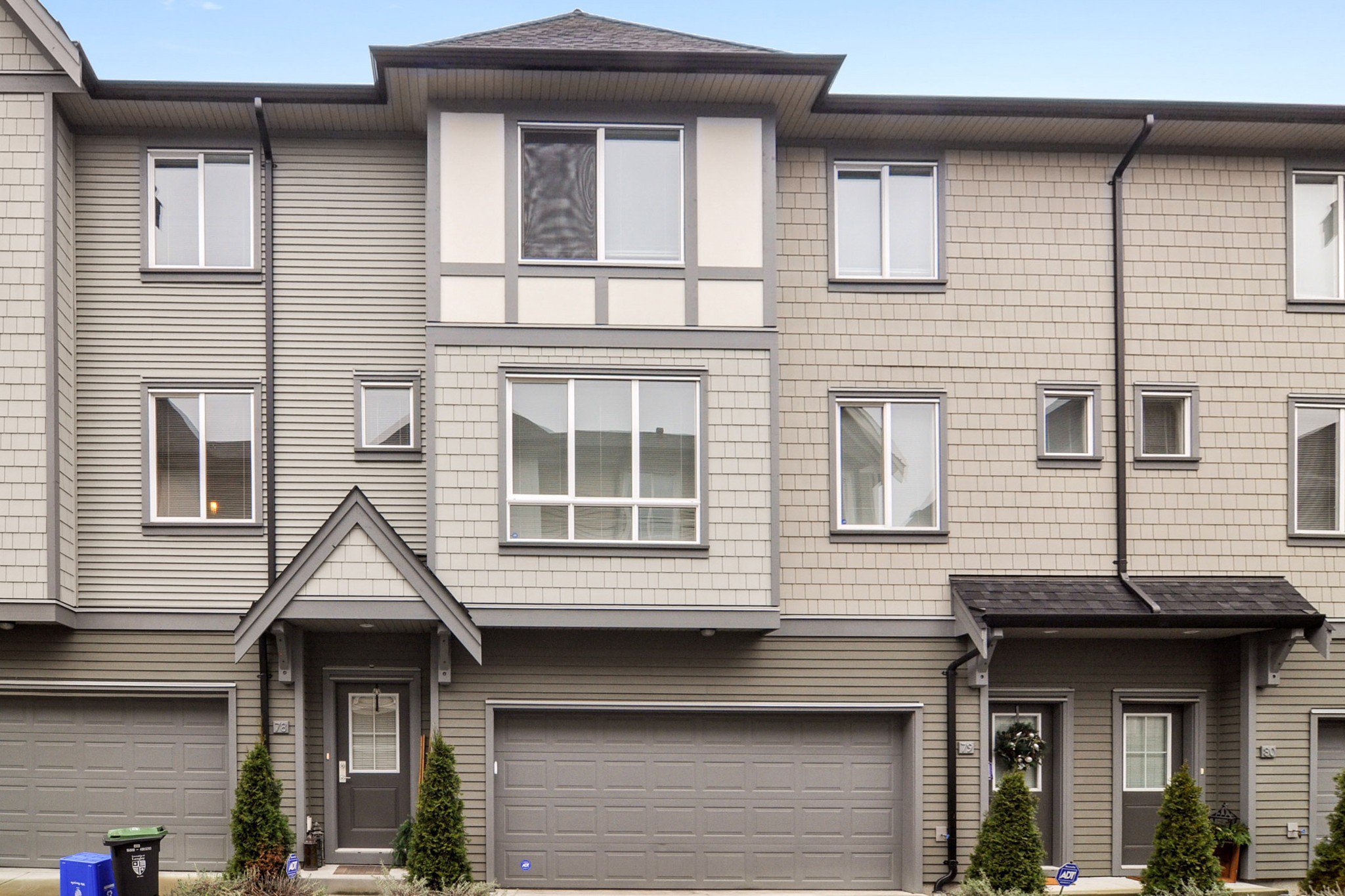 "Main Photo: 78 8138 204 Street in Langley: Willoughby Heights Townhouse for sale in ""Ashbury & Oak"" : MLS®# R2528144"