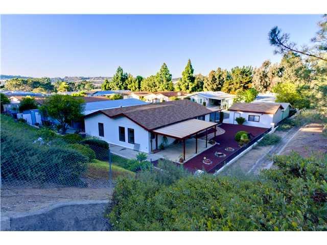 Main Photo: CARLSBAD WEST Residential for sale : 3 bedrooms : 5427 Kipling Ln in Carlsbad