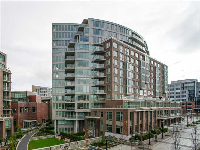 Main Photo: 445 W 2nd Street in Vancouver: False Creek Condo for sale (Vancouver West)  : MLS®# s c