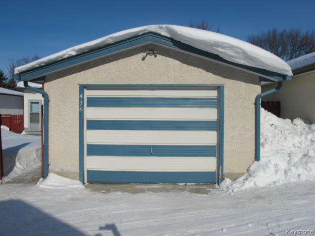 Photo 4: Photos:  in WINNIPEG: Transcona Residential for sale (North East Winnipeg)  : MLS®# 1402119