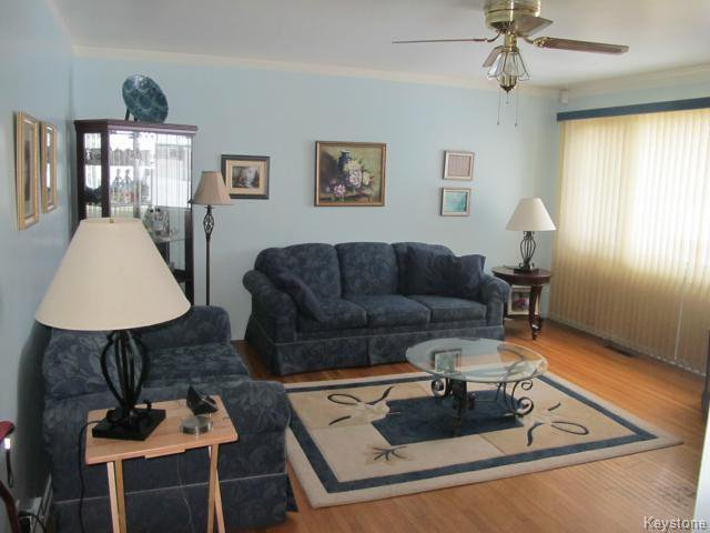 Photo 10: Photos:  in WINNIPEG: Transcona Residential for sale (North East Winnipeg)  : MLS®# 1402119