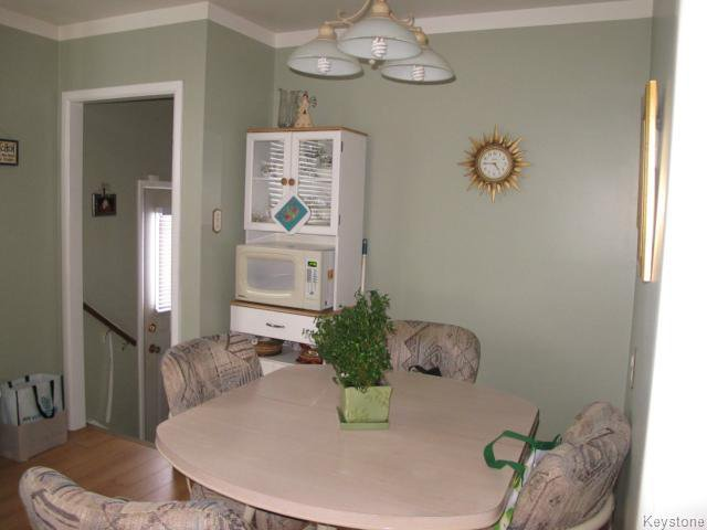 Photo 8: Photos:  in WINNIPEG: Transcona Residential for sale (North East Winnipeg)  : MLS®# 1402119