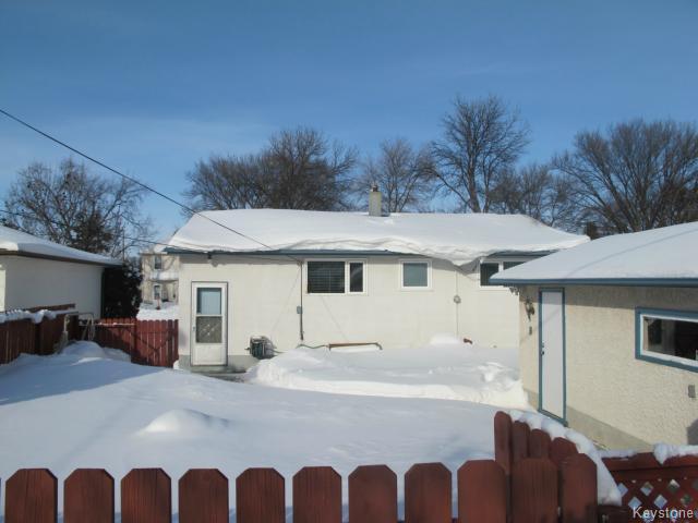 Photo 3: Photos:  in WINNIPEG: Transcona Residential for sale (North East Winnipeg)  : MLS®# 1402119