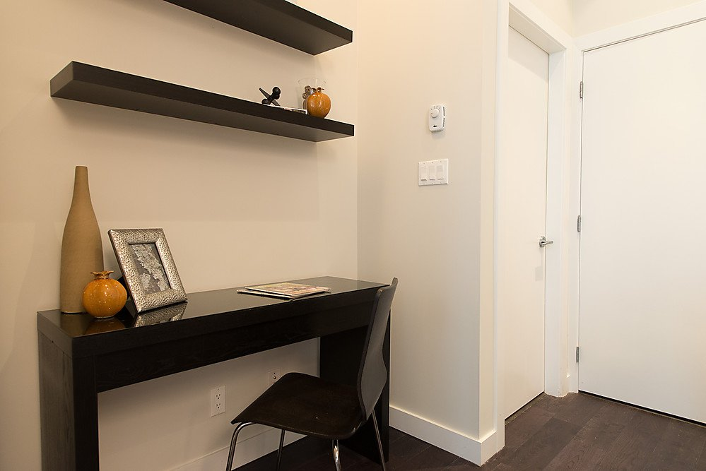 """Photo 13: Photos: 250 E 7TH Avenue in Vancouver: Mount Pleasant VE Townhouse for sale in """"SOCIAL"""" (Vancouver East)  : MLS®# V1053656"""