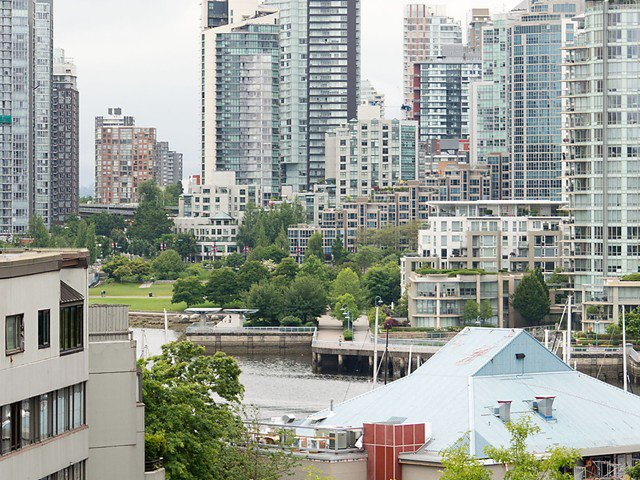 Main Photo: 803 518 MOBERLY Road in Vancouver: False Creek Condo for sale (Vancouver West)  : MLS®# V1070888