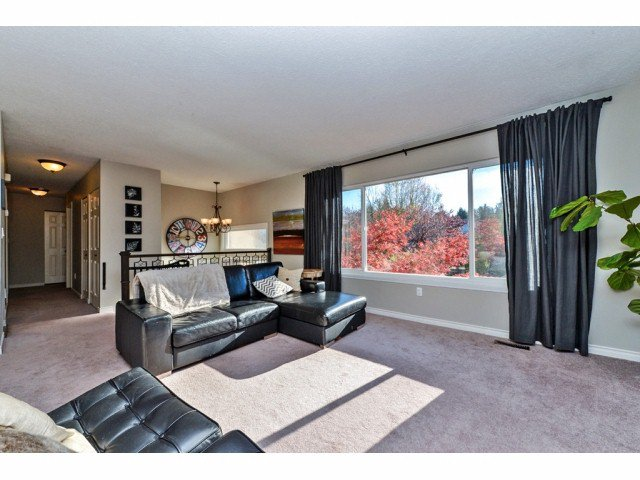 """Photo 2: Photos: 20725 47A Avenue in Langley: Langley City House for sale in """"UPLANDS / CITY PARK"""" : MLS®# F1426773"""