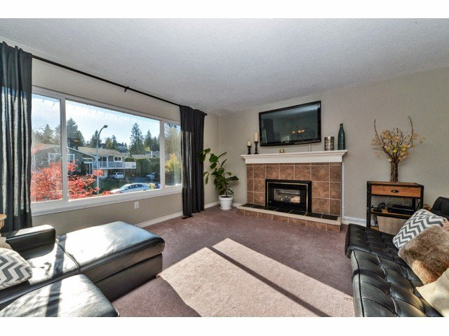 """Photo 3: Photos: 20725 47A Avenue in Langley: Langley City House for sale in """"UPLANDS / CITY PARK"""" : MLS®# F1426773"""