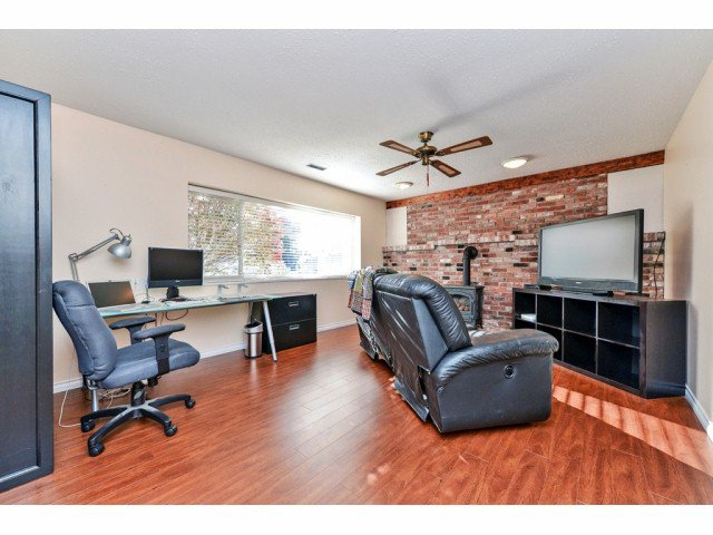 """Photo 14: Photos: 20725 47A Avenue in Langley: Langley City House for sale in """"UPLANDS / CITY PARK"""" : MLS®# F1426773"""