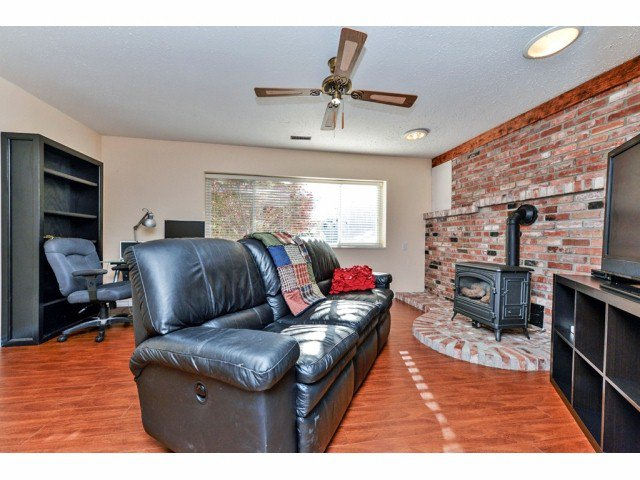 """Photo 15: Photos: 20725 47A Avenue in Langley: Langley City House for sale in """"UPLANDS / CITY PARK"""" : MLS®# F1426773"""