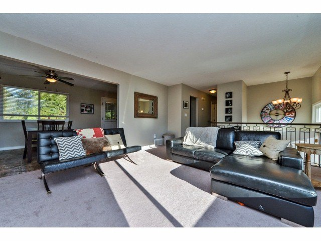 """Photo 4: Photos: 20725 47A Avenue in Langley: Langley City House for sale in """"UPLANDS / CITY PARK"""" : MLS®# F1426773"""