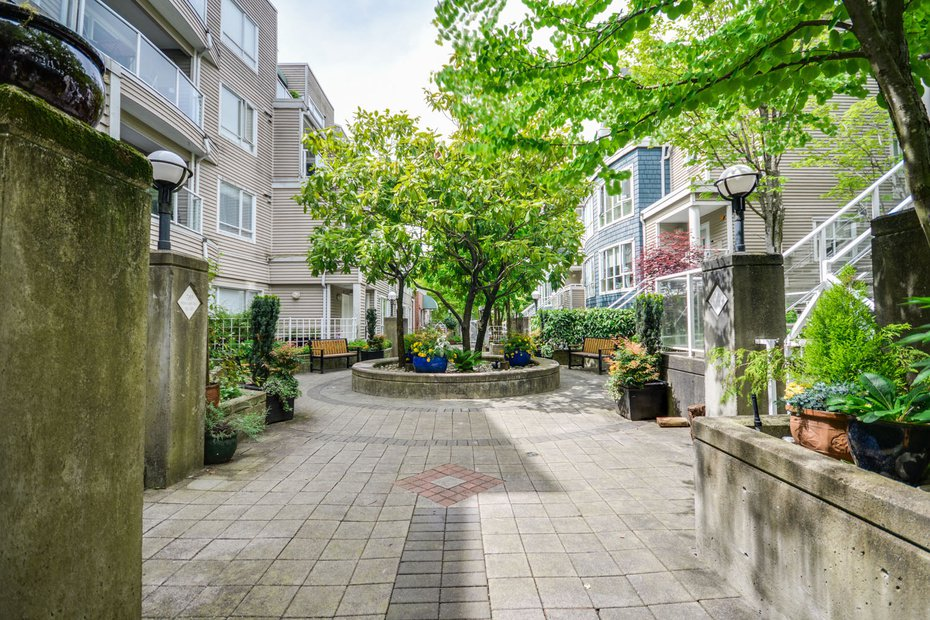 Photo 18: Photos: # 206 789 W 16TH AV in Vancouver: Fairview VW Condo for sale (Vancouver West)  : MLS®# V1065513