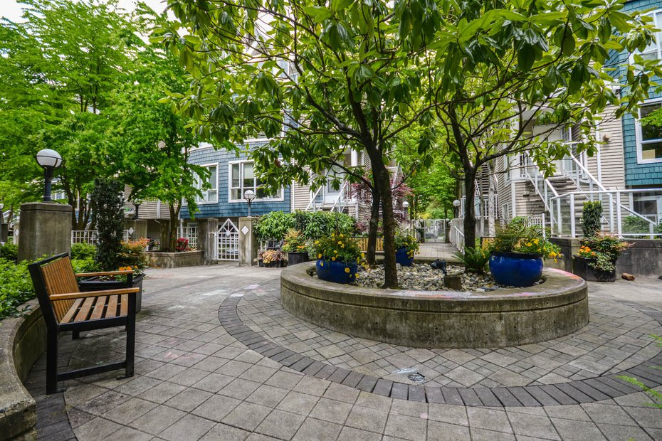 Photo 17: Photos: # 206 789 W 16TH AV in Vancouver: Fairview VW Condo for sale (Vancouver West)  : MLS®# V1065513