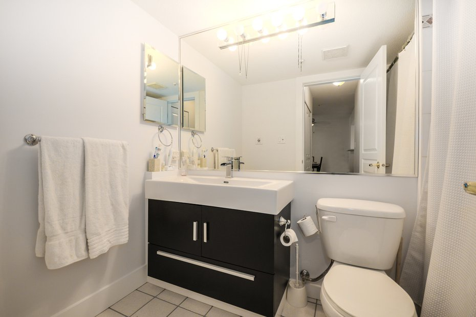 Photo 15: Photos: # 206 789 W 16TH AV in Vancouver: Fairview VW Condo for sale (Vancouver West)  : MLS®# V1065513