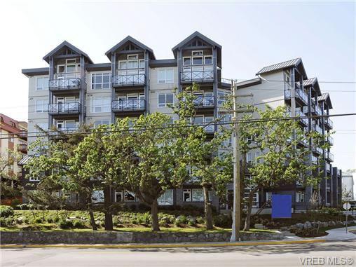 Main Photo: 310 924 Esquimalt Rd in VICTORIA: Es Esquimalt Condo for sale (Esquimalt)  : MLS®# 716759