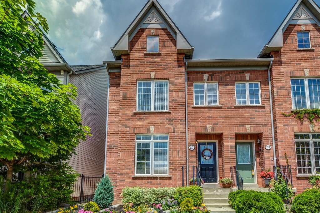 Main Photo: 217 Roxton Road in Oakville: River Oaks House (3-Storey) for sale : MLS®# W3552401