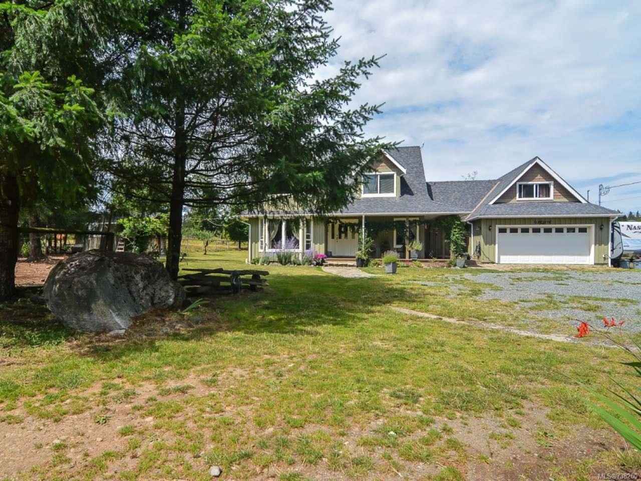 Main Photo: 2390 Humphrey Rd in MERVILLE: CV Merville Black Creek House for sale (Comox Valley)  : MLS®# 738200
