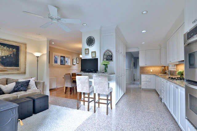 Photo 4: Photos: 188 Hudson Drive in Toronto: Rosedale-Moore Park House (2-Storey) for sale (Toronto C09)  : MLS®# C3617625