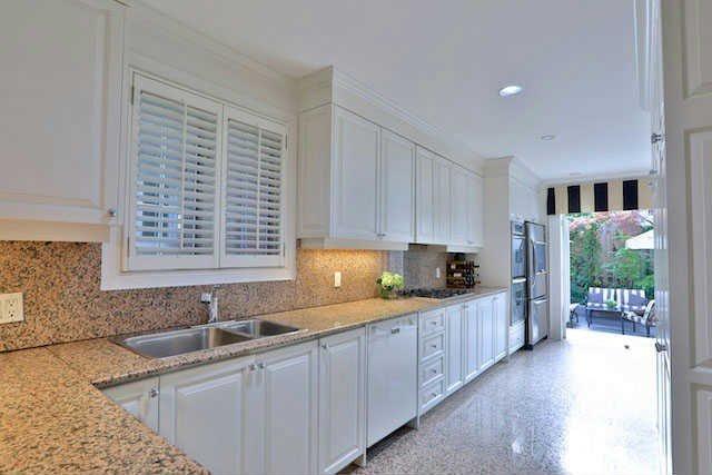Photo 5: Photos: 188 Hudson Drive in Toronto: Rosedale-Moore Park House (2-Storey) for sale (Toronto C09)  : MLS®# C3617625