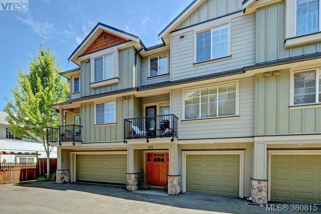 Main Photo: 107 2661 Deville Rd in VICTORIA: La Langford Proper Row/Townhouse for sale (Langford)  : MLS®# 765192