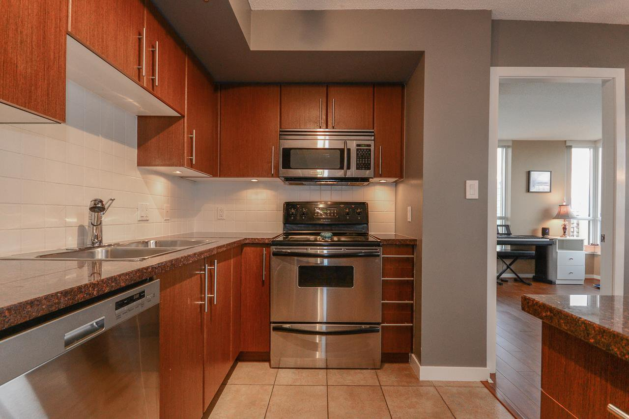 """Photo 5: Photos: 2305 2088 MADISON Avenue in Burnaby: Brentwood Park Condo for sale in """"RENNAISANCE - FRESCO"""" (Burnaby North)  : MLS®# R2215075"""