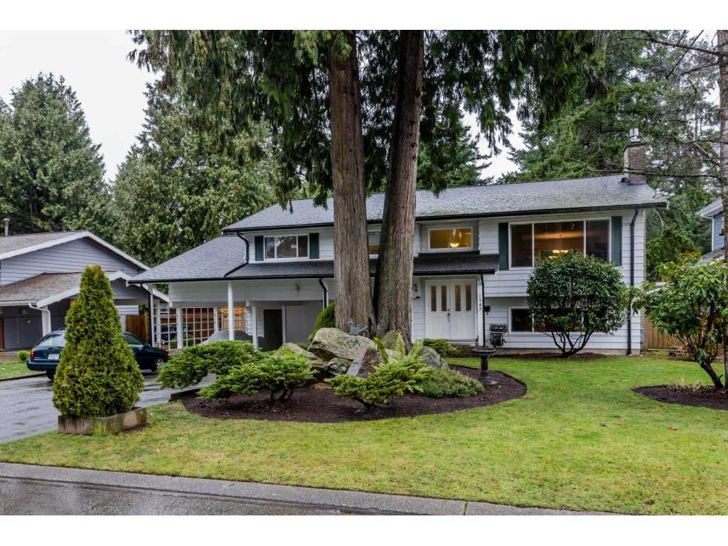 """Main Photo: 1547 129 Street in Surrey: Crescent Bch Ocean Pk. House for sale in """"Ocean Park"""" (South Surrey White Rock)  : MLS®# R2232017"""