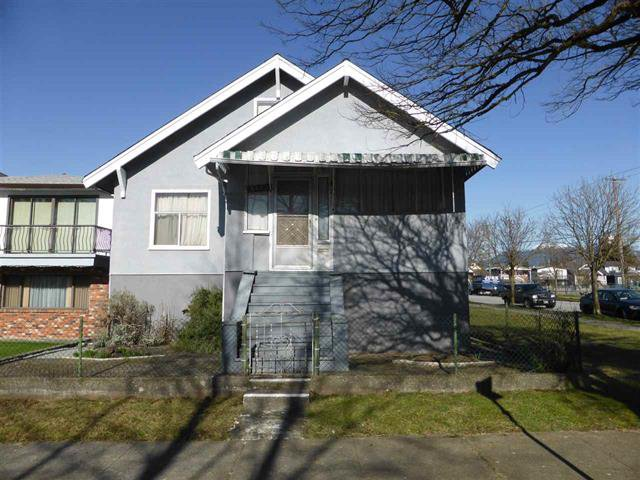 Main Photo: 3495 Franklin St in Vancouver: Hastings East House for sale (Vancouver East)  : MLS®# R2239304