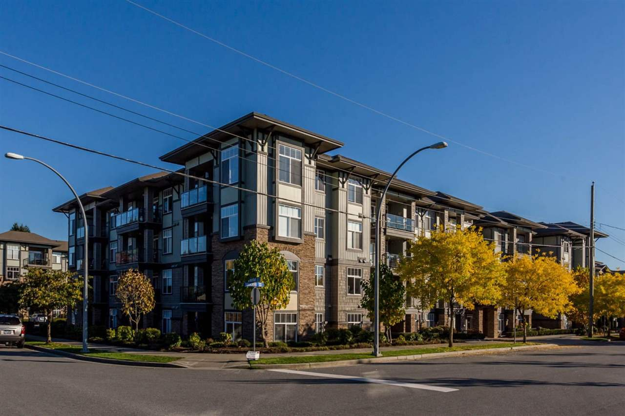 """Main Photo: 307 2068 SANDALWOOD Crescent in Abbotsford: Central Abbotsford Condo for sale in """"The Sterling"""" : MLS®# R2250934"""