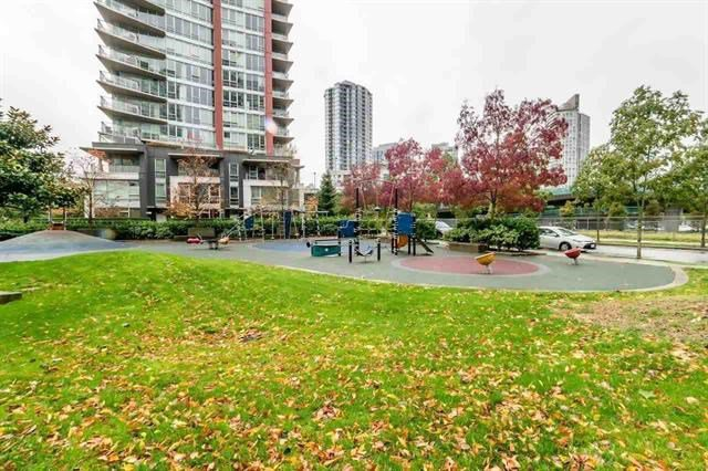Photo 12: Photos: 980 Cooperage Way in Vancouver: Yaletown Condo for rent (Downtown Vancouver)
