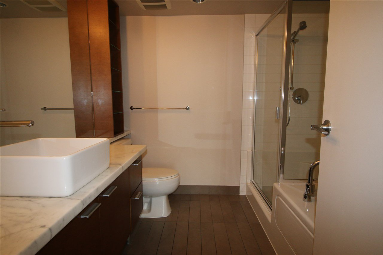 Photo 5: Photos: 980 Cooperage Way in Vancouver: Yaletown Condo for rent (Downtown Vancouver)