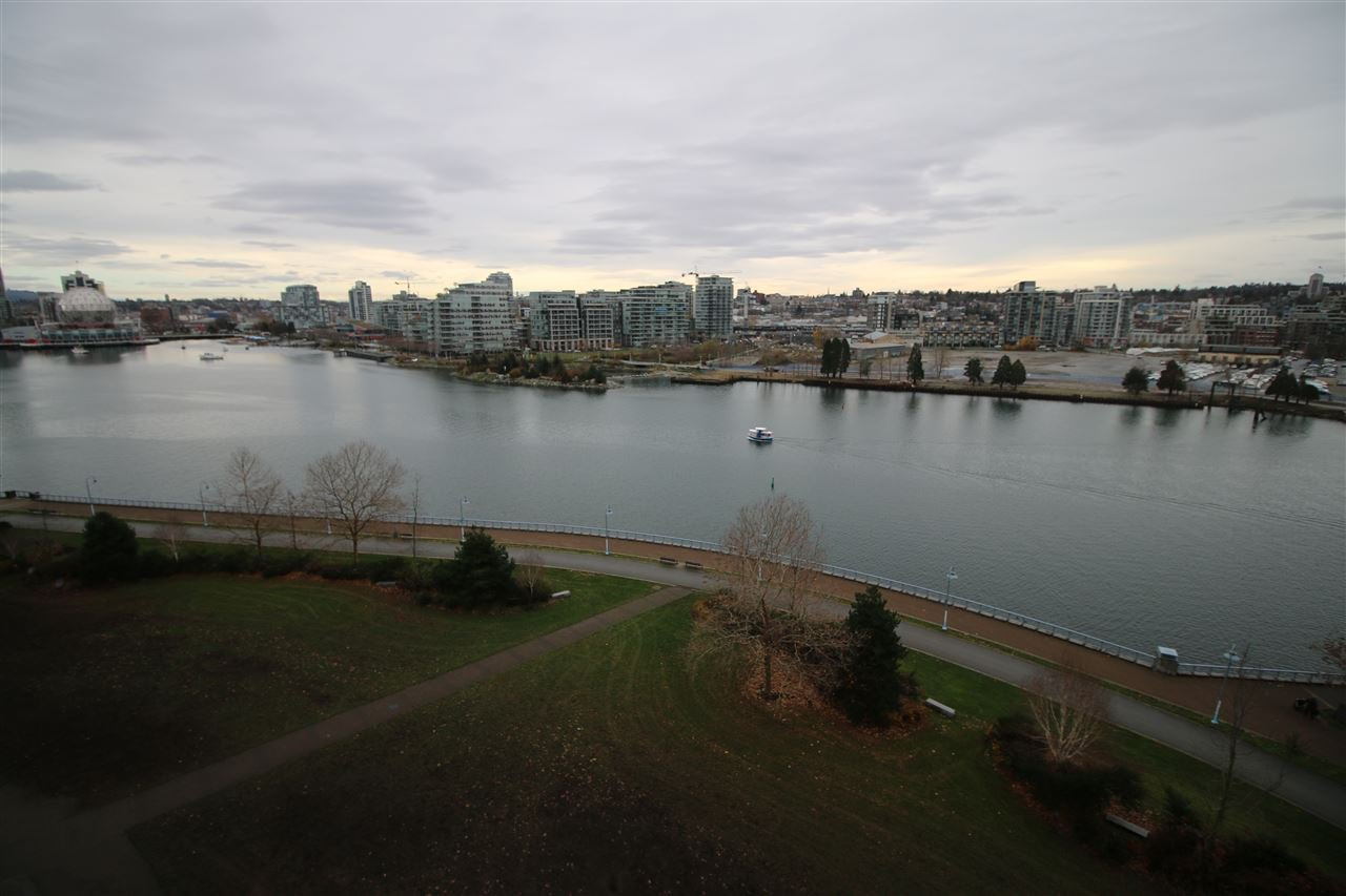 Photo 10: Photos: 980 Cooperage Way in Vancouver: Yaletown Condo for rent (Downtown Vancouver)