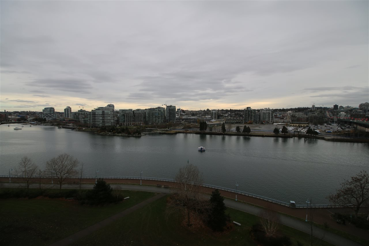 Photo 6: Photos: 980 Cooperage Way in Vancouver: Yaletown Condo for rent (Downtown Vancouver)